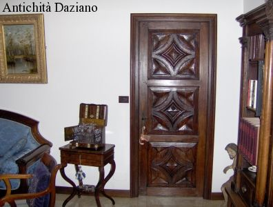 "Porta ""Punta di diamante"""