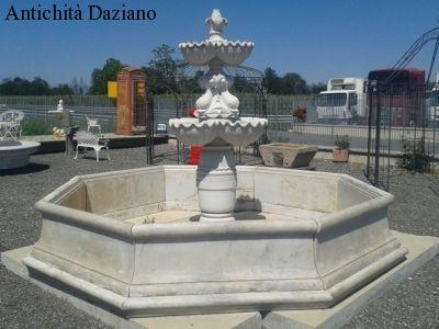 Fontana in marmo