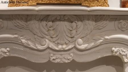 Camino in marmo bianco statuario