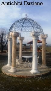 Gazebo in marmo e ferro