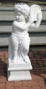 Statua in marmo putto con tamburello