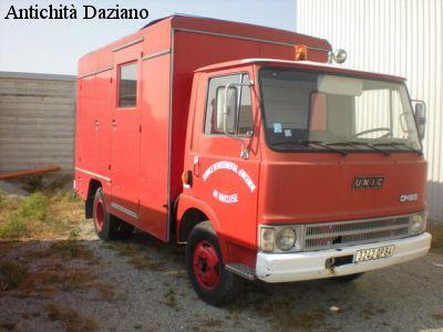 Autocarro - UNIC OM 65