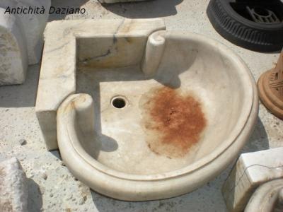Lavabo angolare in marmo