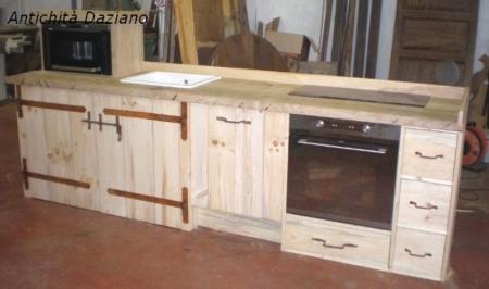 Cucina in fase di realizzazione