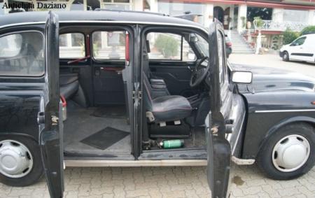 Auto - Taxi Dettaglio aperto