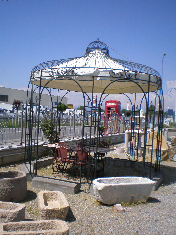 Gazebi da giardino rustico for Costruire un gazebo in ferro