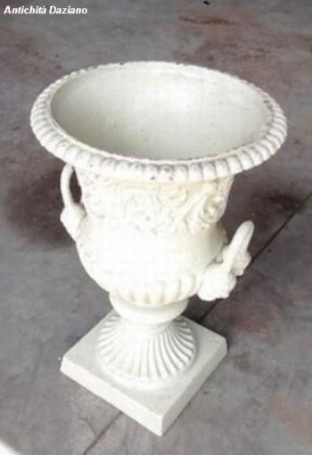 Vaso in ghisa bianco antico
