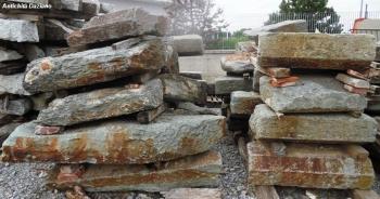 Materiali per recinzione o muretti in pietra