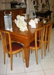 Tavolo in rovere biondo stile Luigi XVI