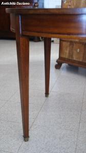 Tavolo rotondo - particolare