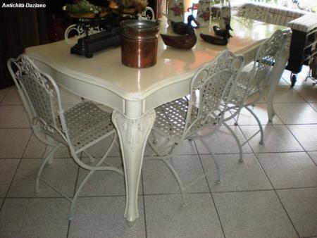 Tavolo laccato bianco.jpg