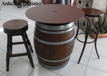 Tavolo botte piano in ferro - Vista complessiva
