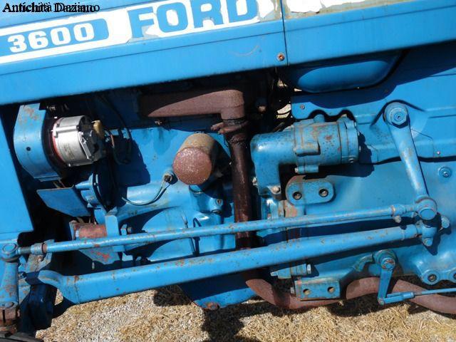 Ford 3600 antichit daziano for Attrezzi agricoli usati piemonte