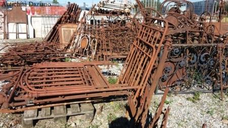 Letti in ferro da restaurare