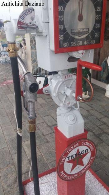Distributore di benzina Texaco