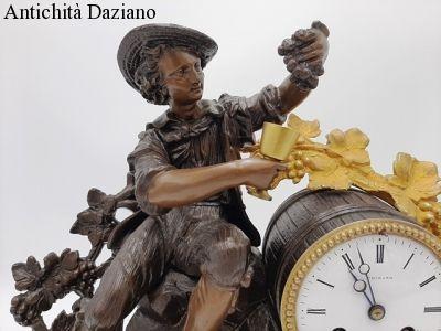 Orologio in bronzo dorato fine 800