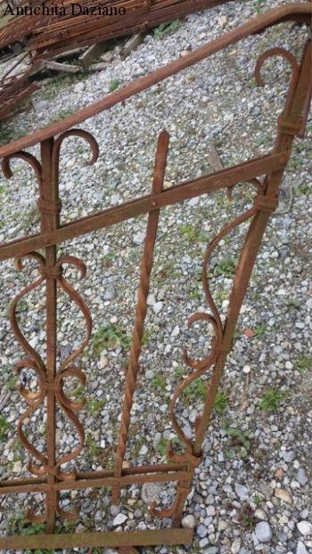 Ringhiera scale in ferro