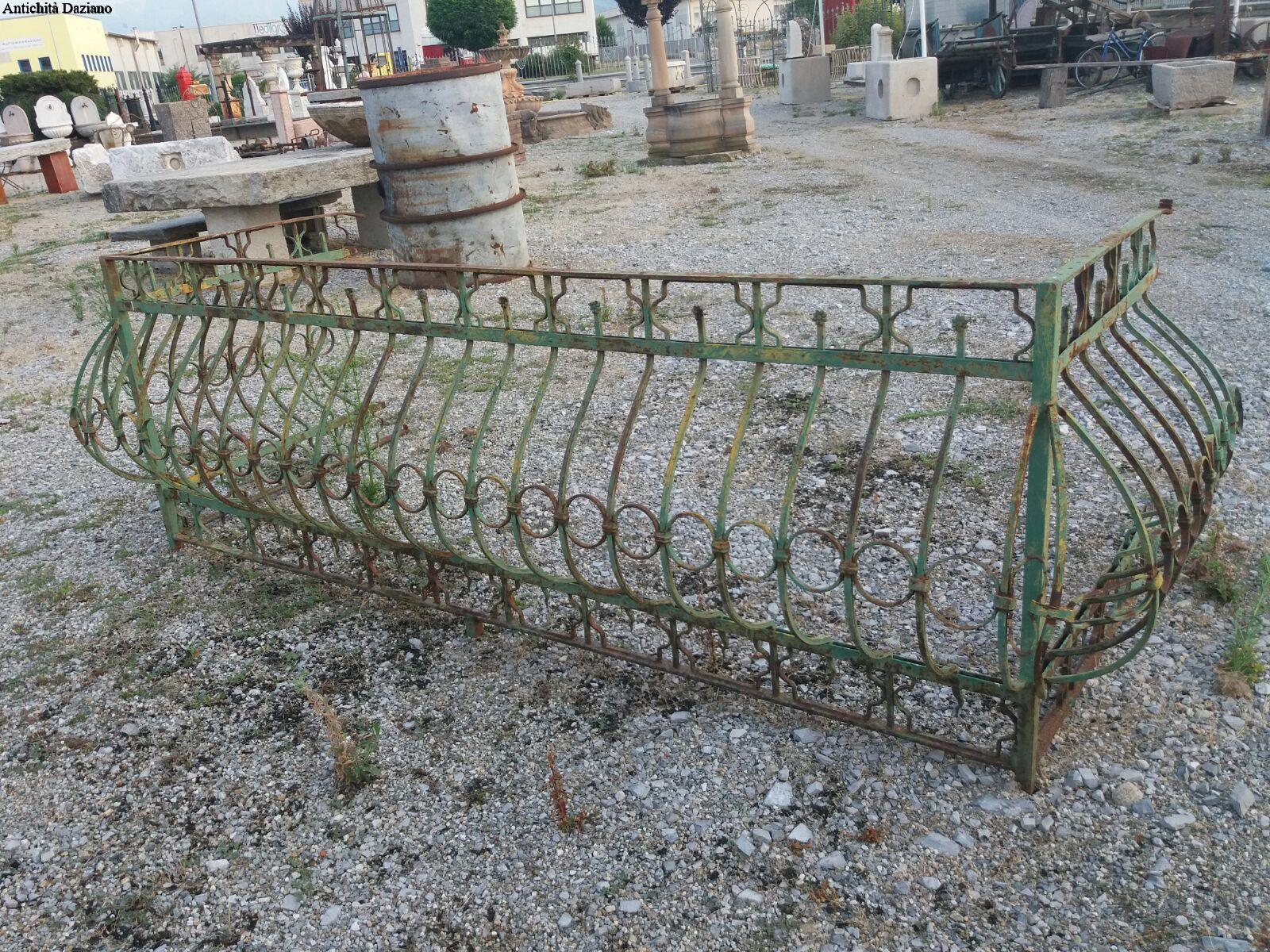Credenza Da Balcone : Ringhiera da balcone antichità daziano