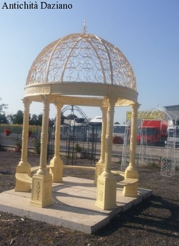 Gazebo in ghisa