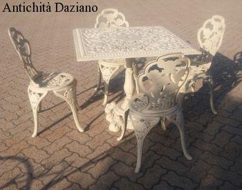 Sedie Ghisa Da Giardino.Tavolo E Sedie In Ghisa Antichita Daziano