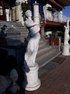 Coppia statue in marmo bianco