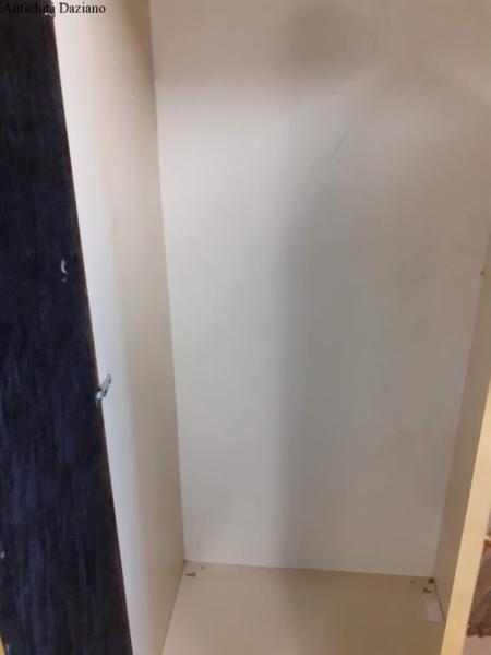Armadio con porte a specchio