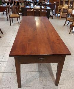 Tavolo in  ciliegio