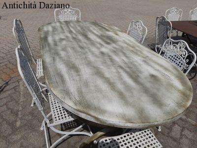 Tavolo in ferro pieno