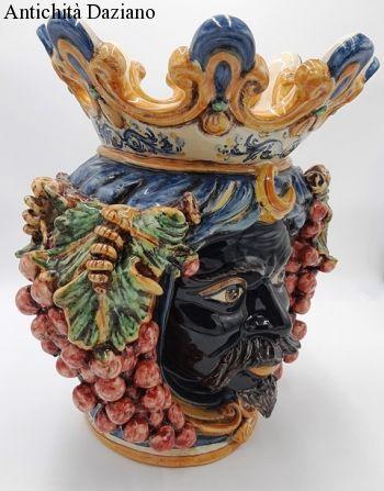 Ceramiche di Caltagirone Teste di moro uva