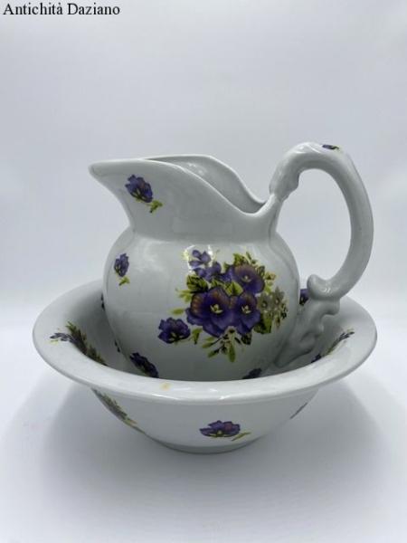 Brocca a catino in ceramica stile olandese