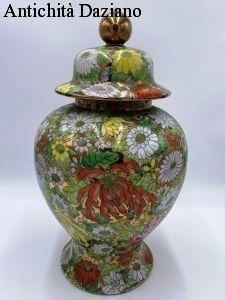 Potiche cinese con decori in oro zecchino