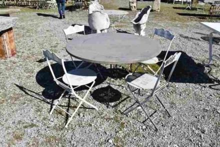 Tavolo da giardino piano in pietra sostegno in ferro